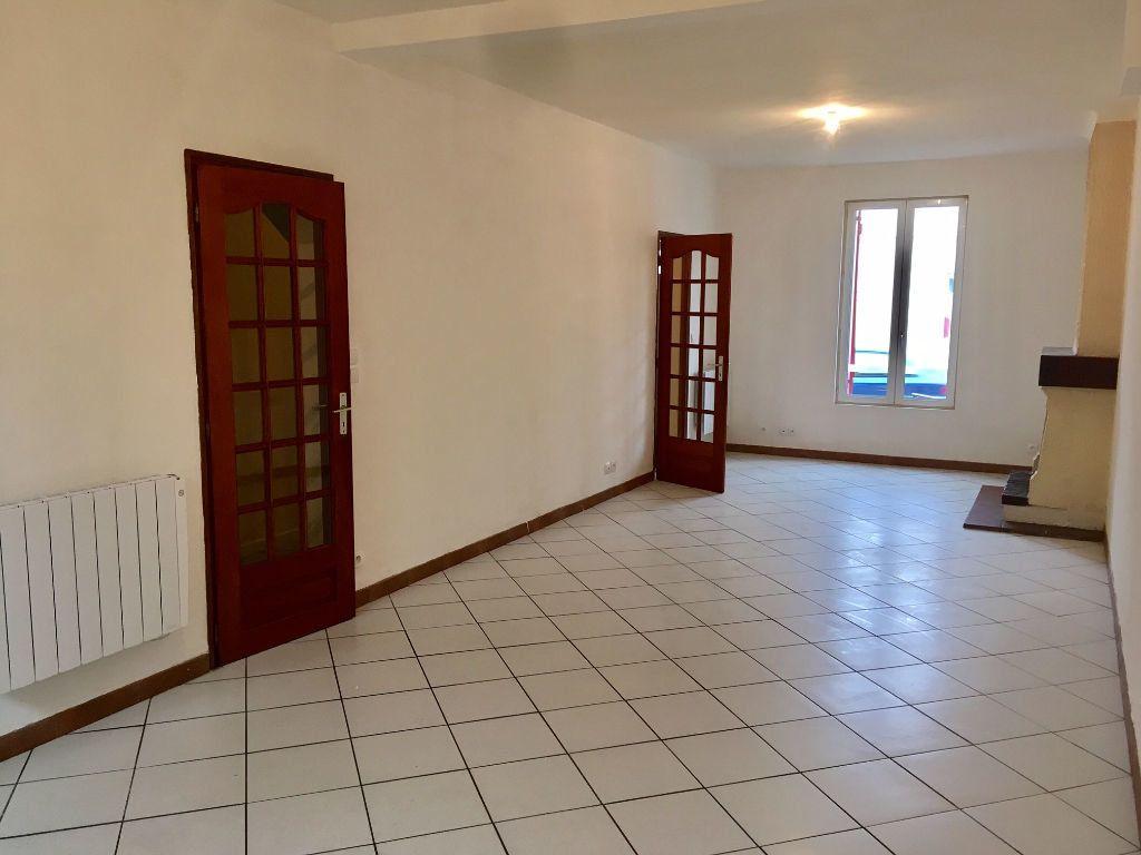 Maison à louer 4 94m2 à Bergerac vignette-10