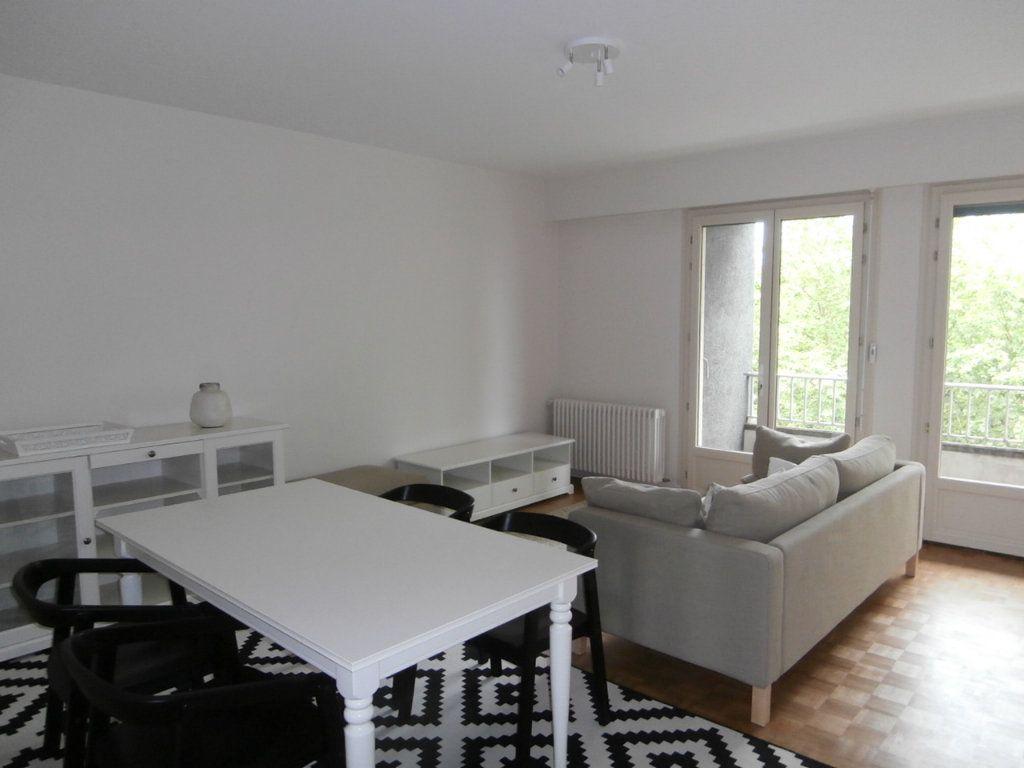 Appartement à louer 4 91.39m2 à Bergerac vignette-7