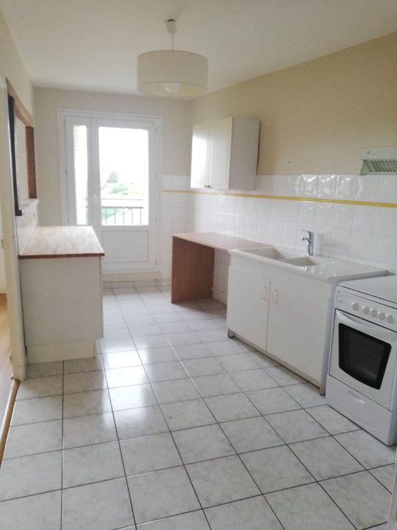 Appartement à louer 4 81.7m2 à Bergerac vignette-2