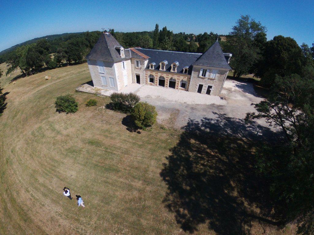 Maison à vendre 0 600m2 à Beauregard-et-Bassac vignette-2