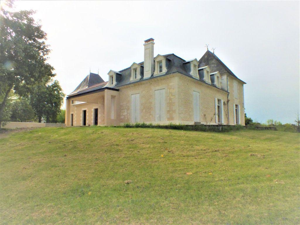 Maison à vendre 0 600m2 à Beauregard-et-Bassac vignette-4