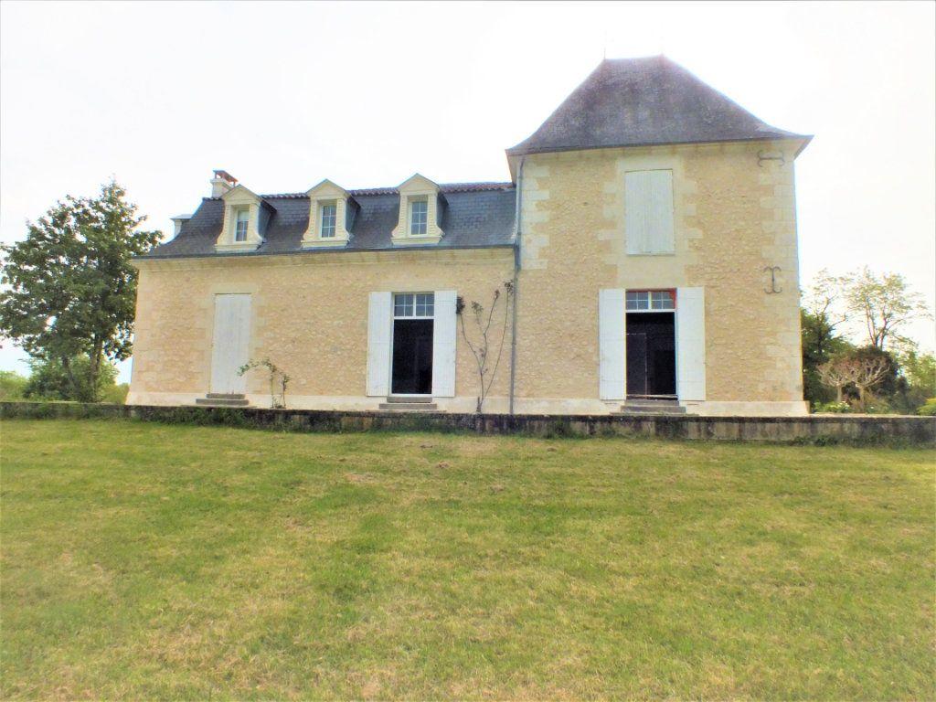 Maison à vendre 0 600m2 à Beauregard-et-Bassac vignette-5
