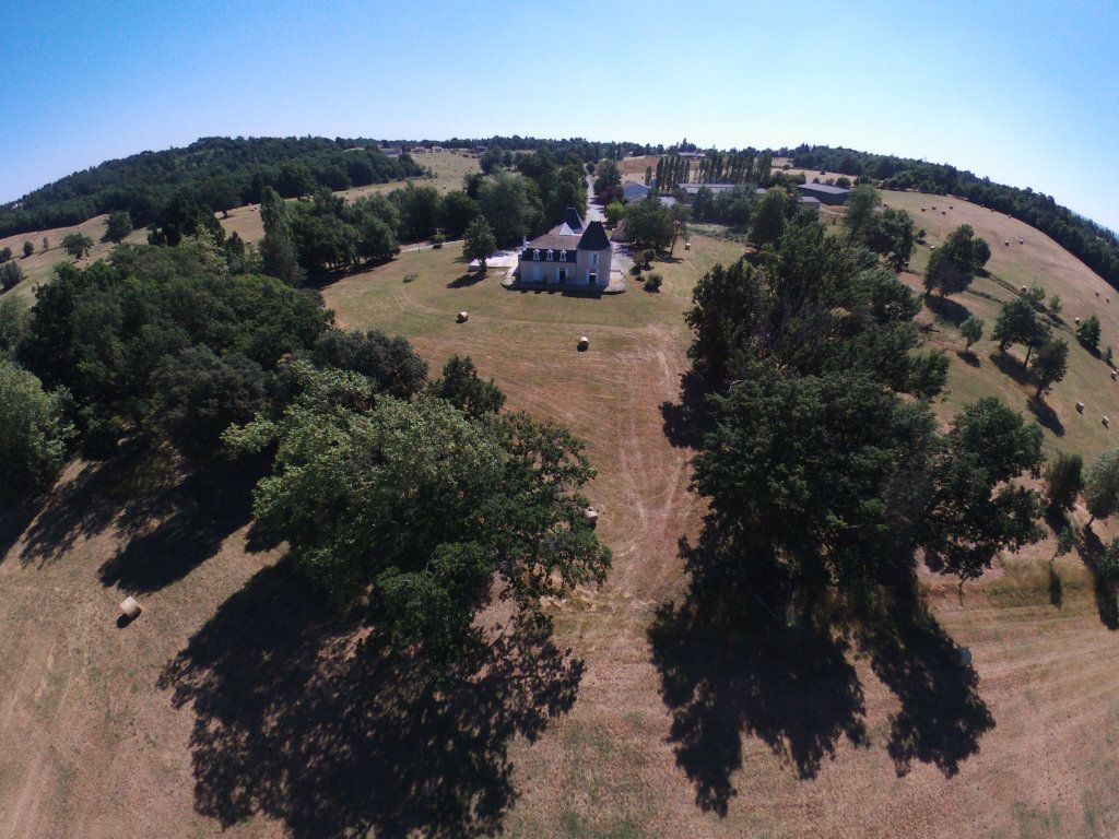 Maison à vendre 0 600m2 à Beauregard-et-Bassac vignette-7