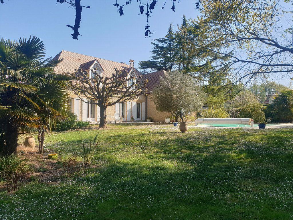 Maison à vendre 8 212.65m2 à Pomport vignette-1