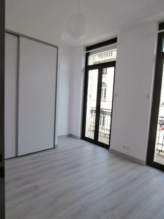 Appartement à louer 3 59.56m2 à Bergerac vignette-2