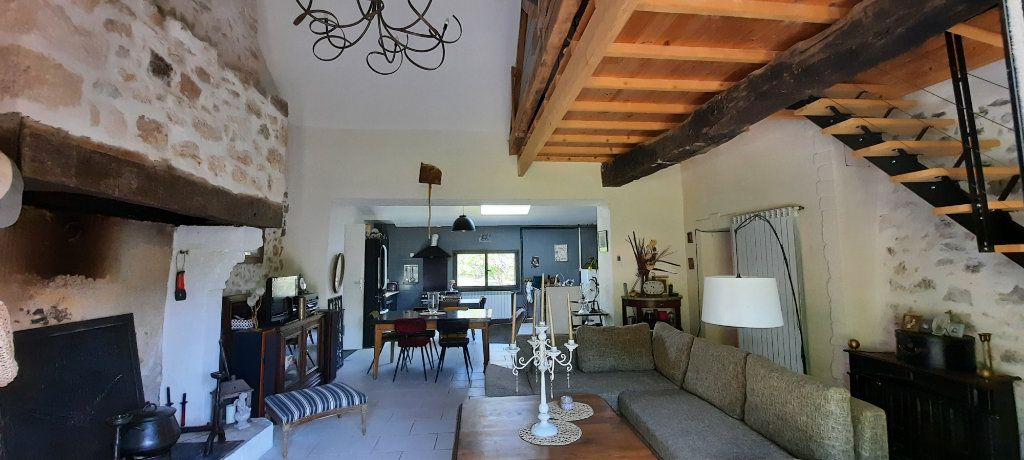 Maison à vendre 4 150m2 à Beleymas vignette-2