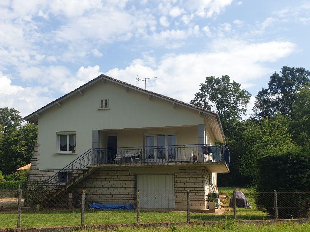 Maison à vendre 4 110m2 à Saint-Sauveur vignette-1