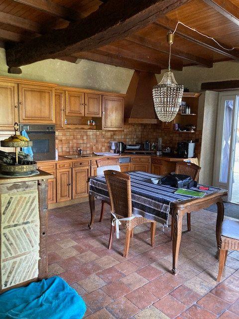 Maison à vendre 5 136.7m2 à Monsaguel vignette-7