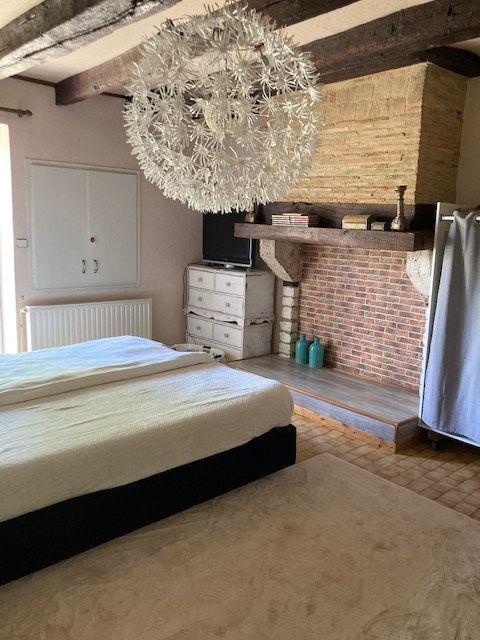 Maison à vendre 5 136.7m2 à Monsaguel vignette-9