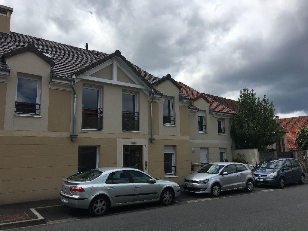 Appartement à louer 1 33.42m2 à Lisses vignette-1