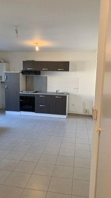 Appartement à louer 1 33.42m2 à Lisses vignette-2