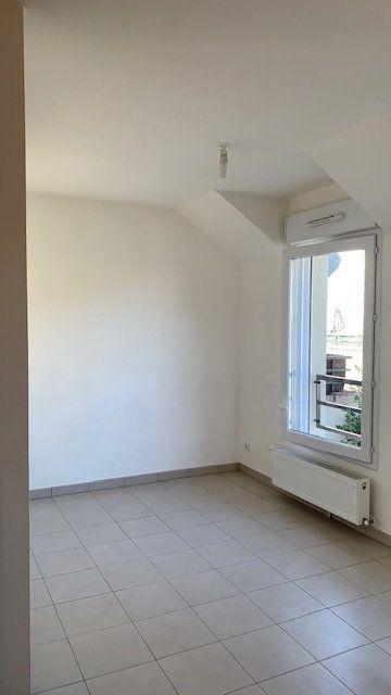 Appartement à louer 1 33.42m2 à Lisses vignette-3