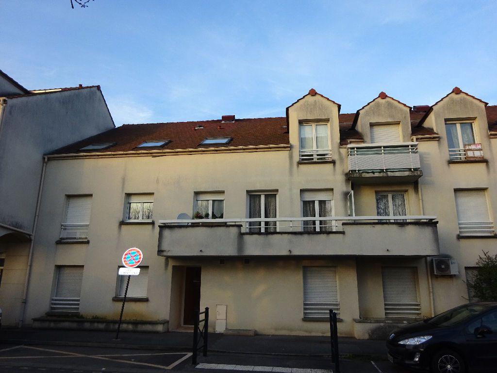 Appartement à louer 3 59.6m2 à Évry vignette-4