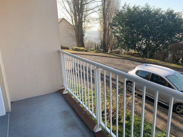 Appartement à louer 3 68.6m2 à Corbeil-Essonnes vignette-5