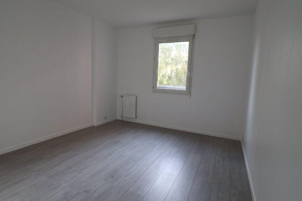 Appartement à louer 3 61.15m2 à Moissy-Cramayel vignette-8