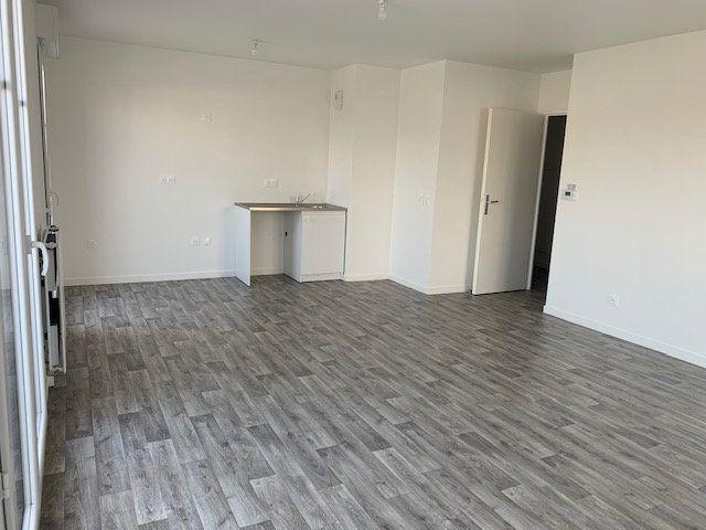 Appartement à vendre 4 83.79m2 à Tigery vignette-4