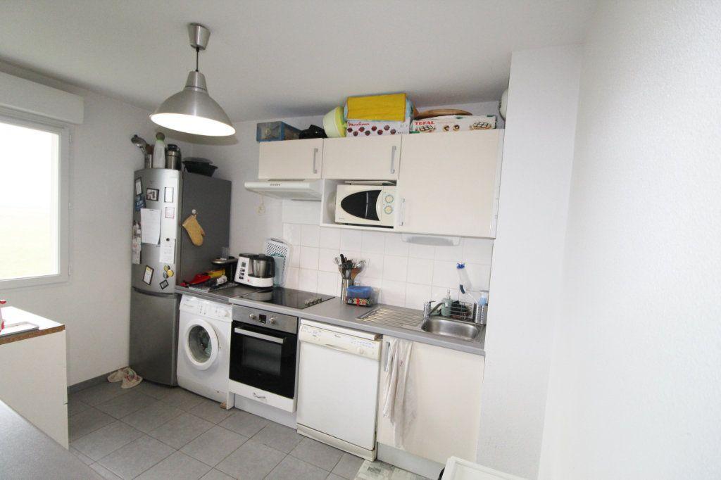 Appartement à vendre 3 64m2 à Daux vignette-3