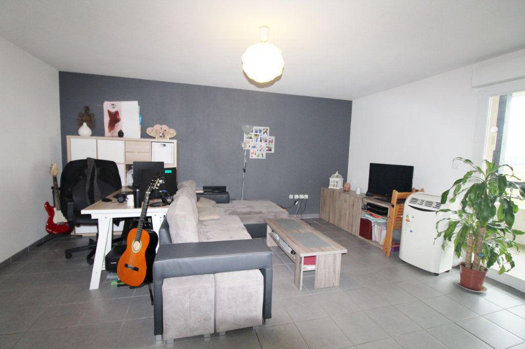 Appartement à vendre 3 64m2 à Daux vignette-5