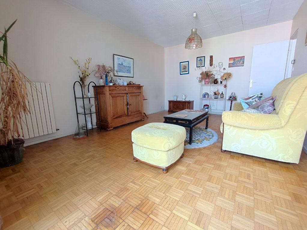Appartement à vendre 3 64m2 à Colomiers vignette-4