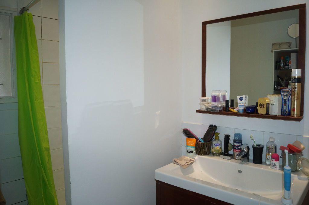 Appartement à louer 2 44.3m2 à Graveson vignette-6