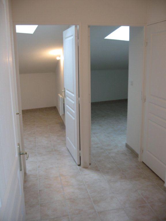 Appartement à louer 3 45m2 à Châteaurenard vignette-6