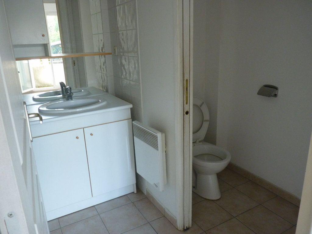 Appartement à vendre 2 47m2 à Châteaurenard vignette-3