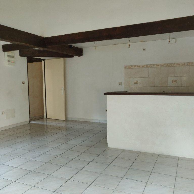 Appartement à vendre 4 83m2 à Châteaurenard vignette-3