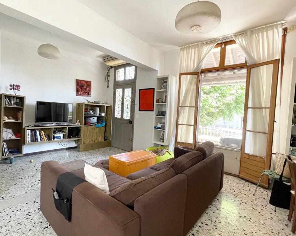 Maison à vendre 6 125m2 à Rognonas vignette-1