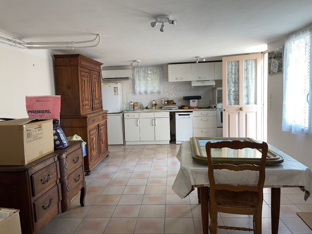 Maison à vendre 6 125m2 à Rognonas vignette-6