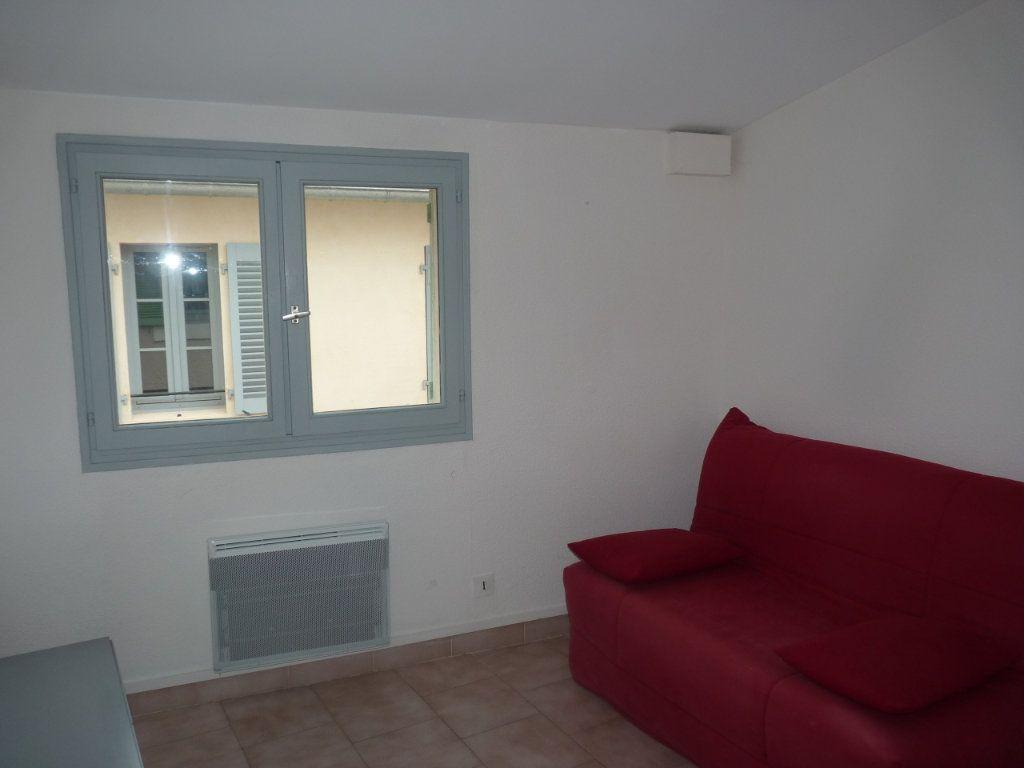 Appartement à louer 3 44.47m2 à Avignon vignette-6