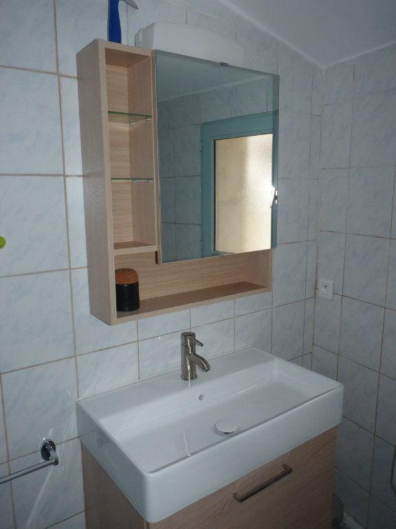 Appartement à louer 3 44.47m2 à Avignon vignette-7