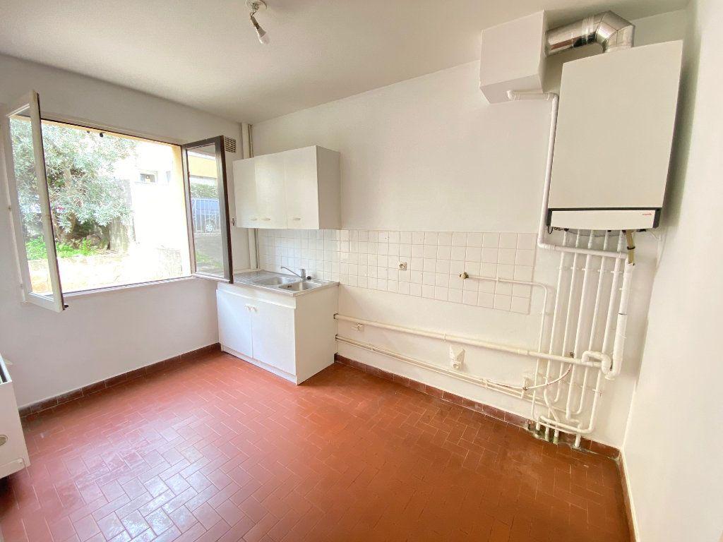 Maison à vendre 4 80.82m2 à Villeneuve-lès-Avignon vignette-2