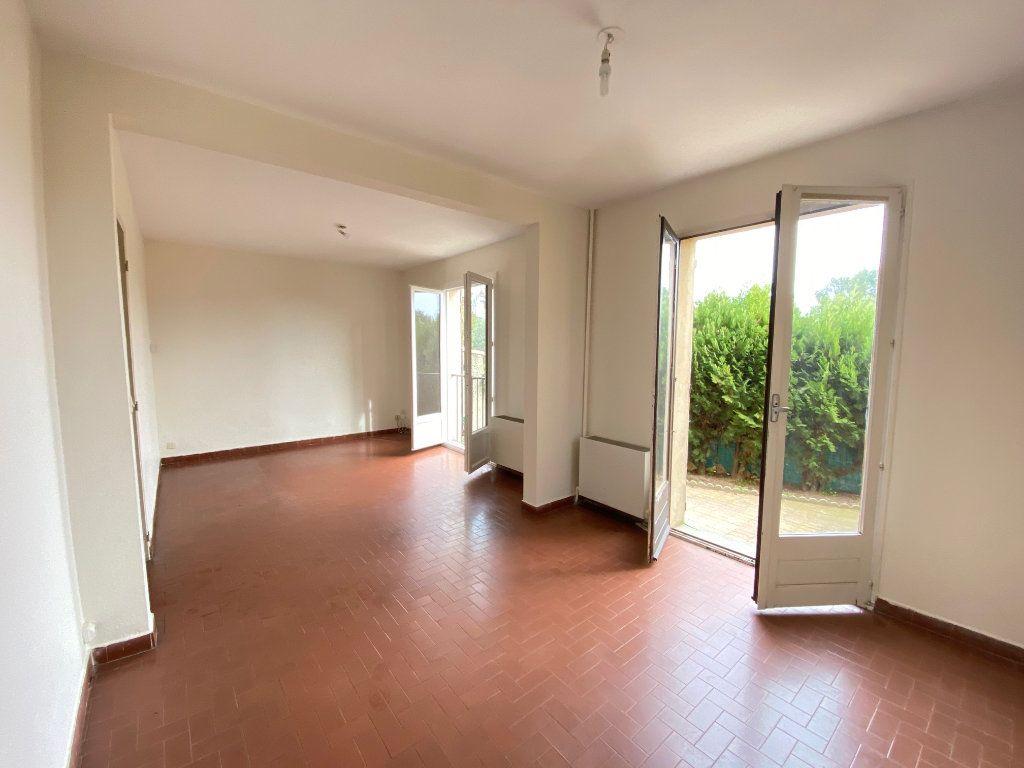 Maison à vendre 4 80.82m2 à Villeneuve-lès-Avignon vignette-3