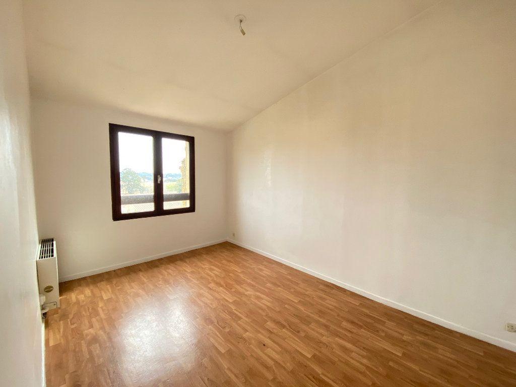 Maison à vendre 4 80.82m2 à Villeneuve-lès-Avignon vignette-6