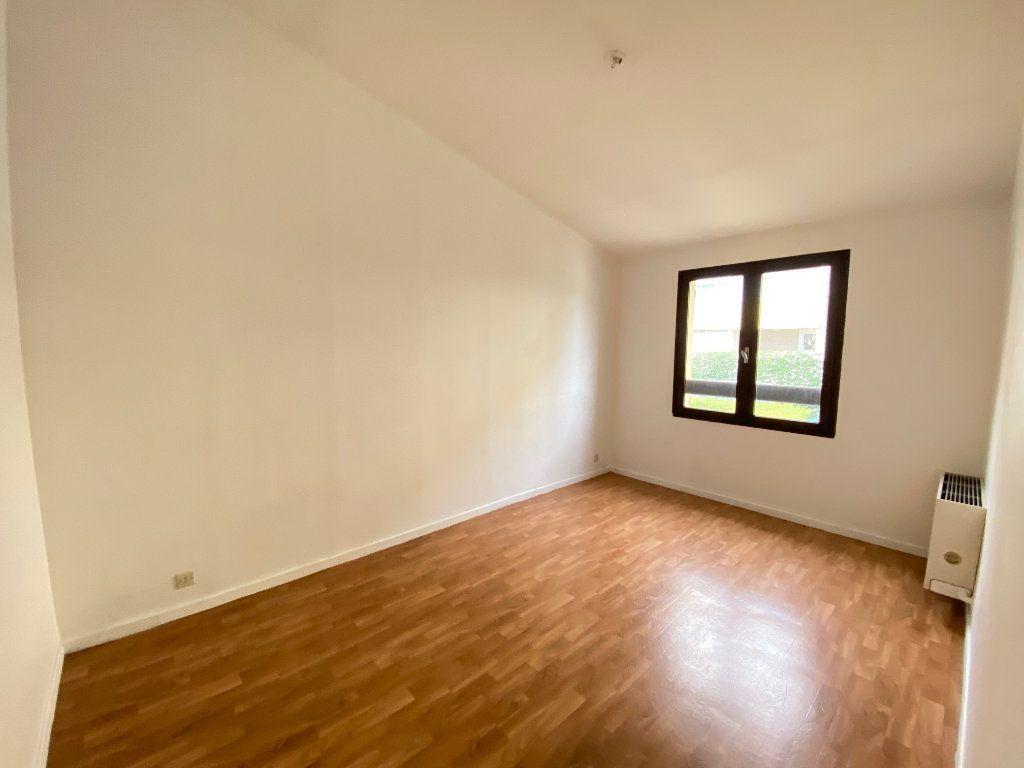 Maison à vendre 4 80.82m2 à Villeneuve-lès-Avignon vignette-7