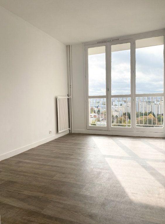 Appartement à vendre 3 63.3m2 à La Courneuve vignette-6