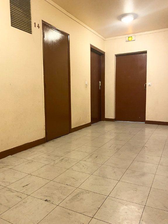 Appartement à vendre 3 63.3m2 à La Courneuve vignette-9
