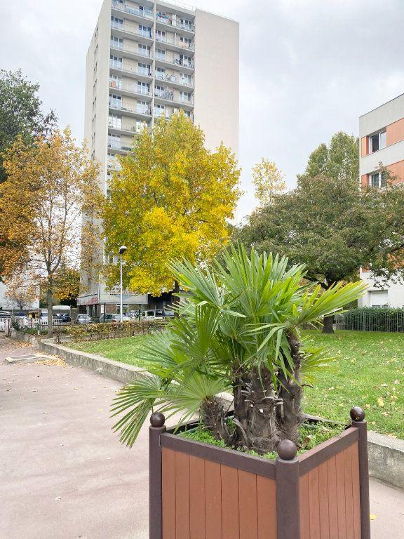 Appartement à vendre 3 63.3m2 à La Courneuve vignette-12