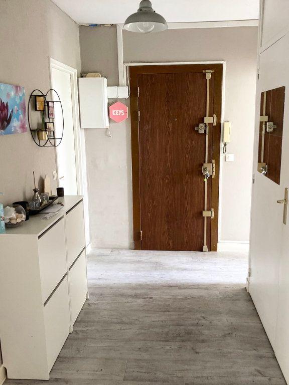 Appartement à vendre 4 91.8m2 à Garges-lès-Gonesse vignette-2