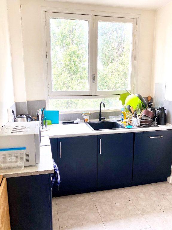 Appartement à vendre 4 91.8m2 à Garges-lès-Gonesse vignette-5