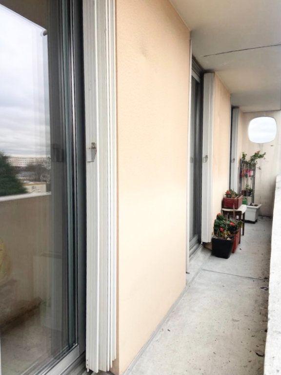 Appartement à vendre 4 74m2 à Stains vignette-5