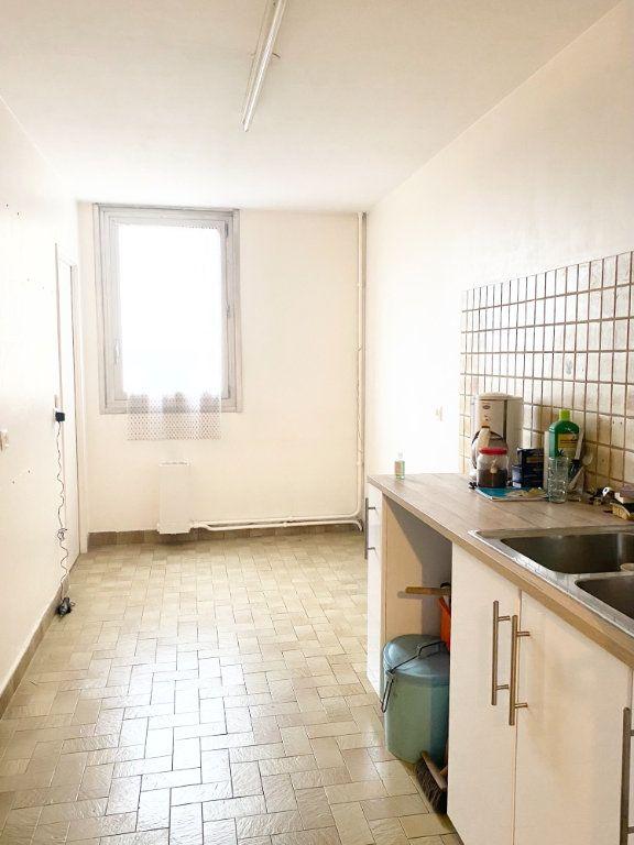 Appartement à vendre 4 74m2 à Stains vignette-6