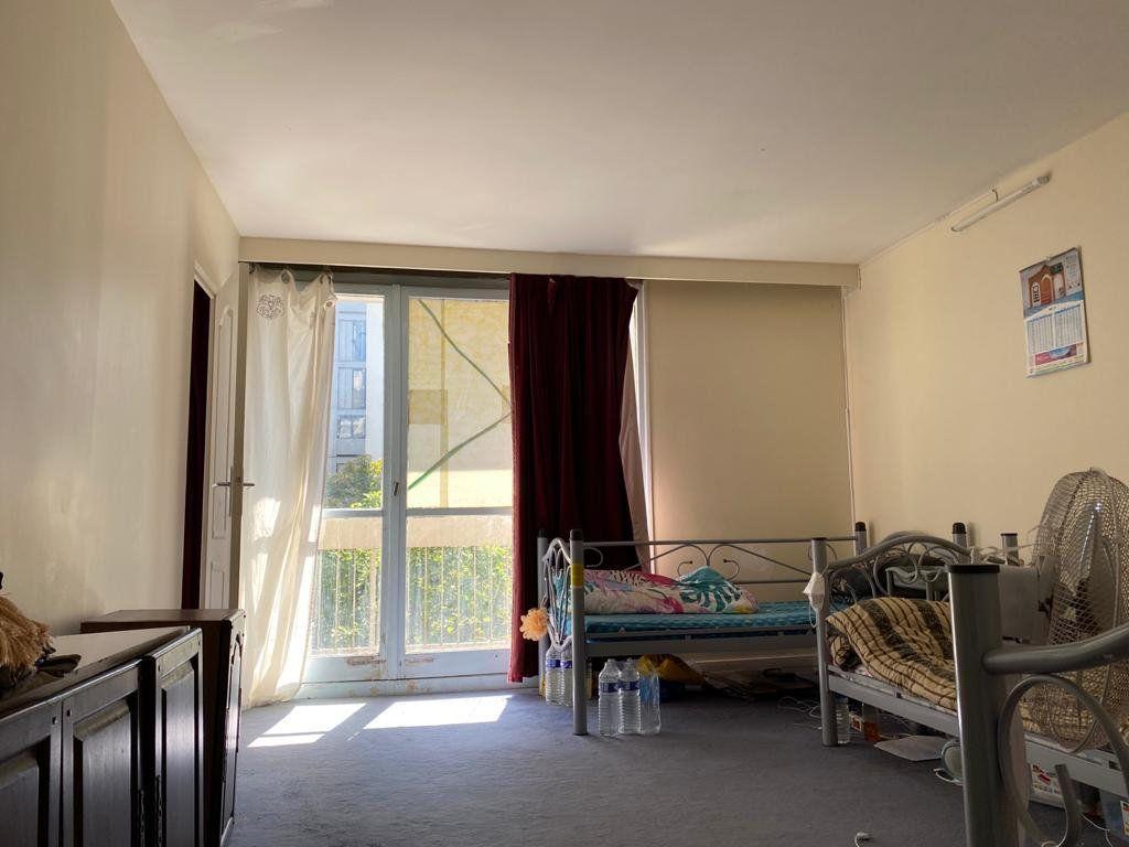 Appartement à vendre 3 74.6m2 à Aubervilliers vignette-4
