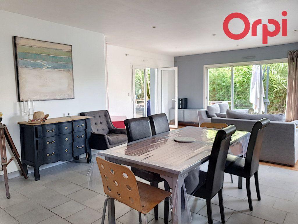 Maison à vendre 7 140m2 à Talmont-Saint-Hilaire vignette-4