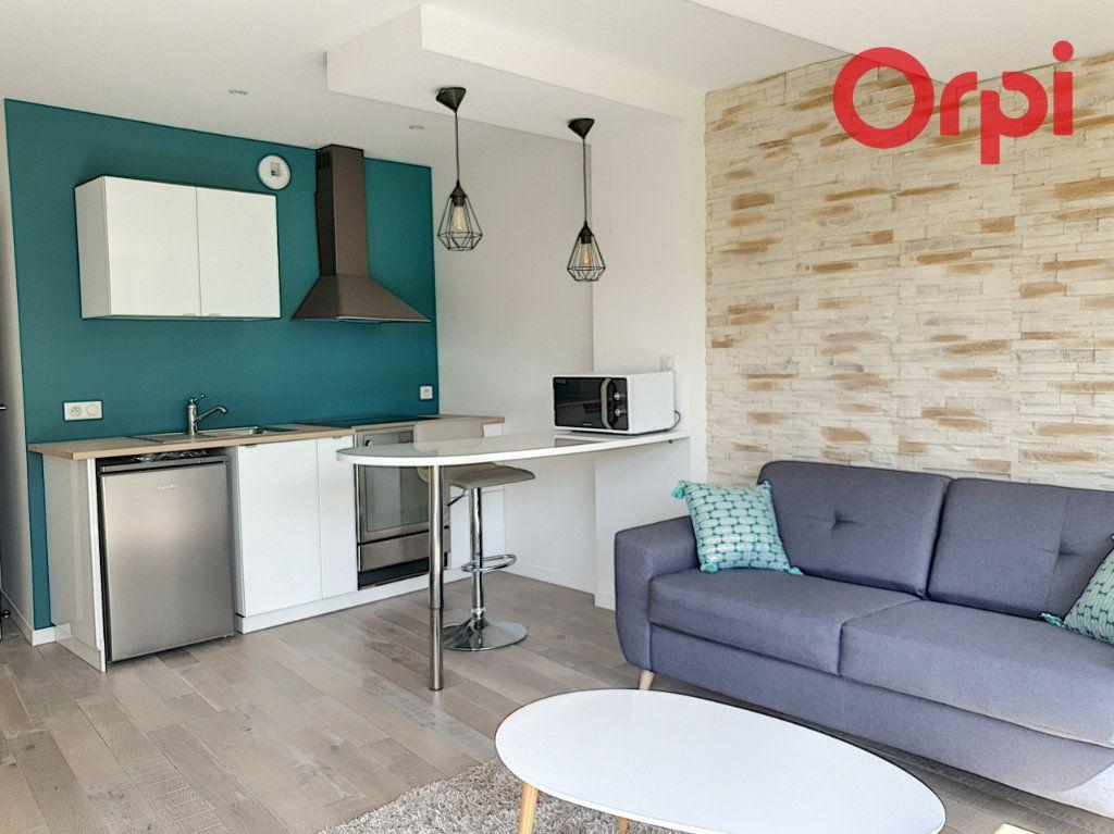 Maison à vendre 7 140m2 à Talmont-Saint-Hilaire vignette-8