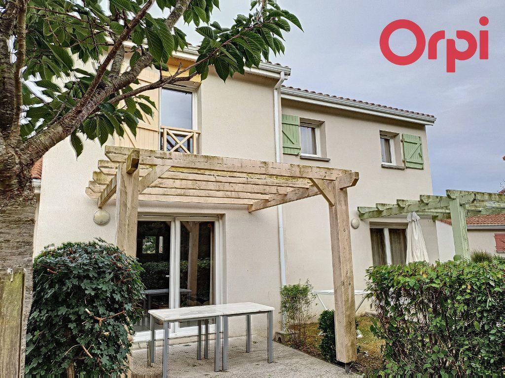 Maison à vendre 3 45m2 à Talmont-Saint-Hilaire vignette-7