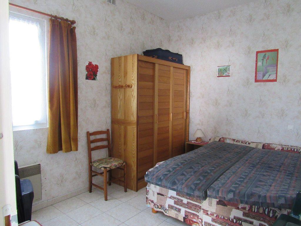 Maison à vendre 8 160m2 à Talmont-Saint-Hilaire vignette-11