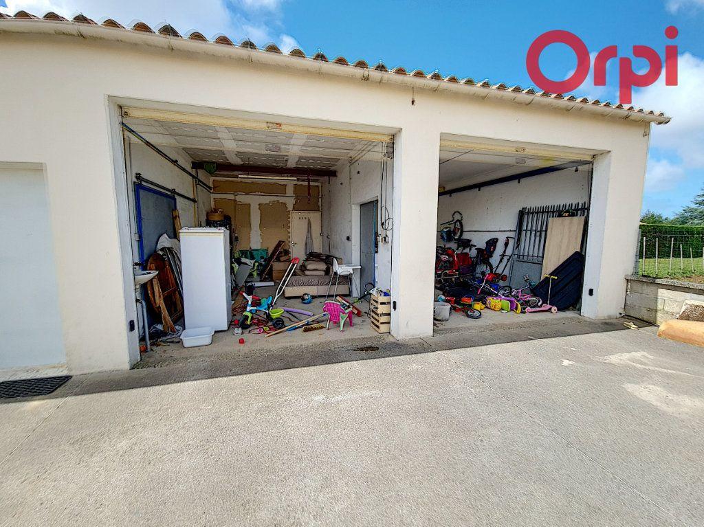 Maison à vendre 8 160m2 à Talmont-Saint-Hilaire vignette-12