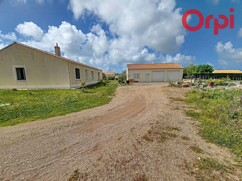 Maison à vendre 8 160m2 à Talmont-Saint-Hilaire vignette-13