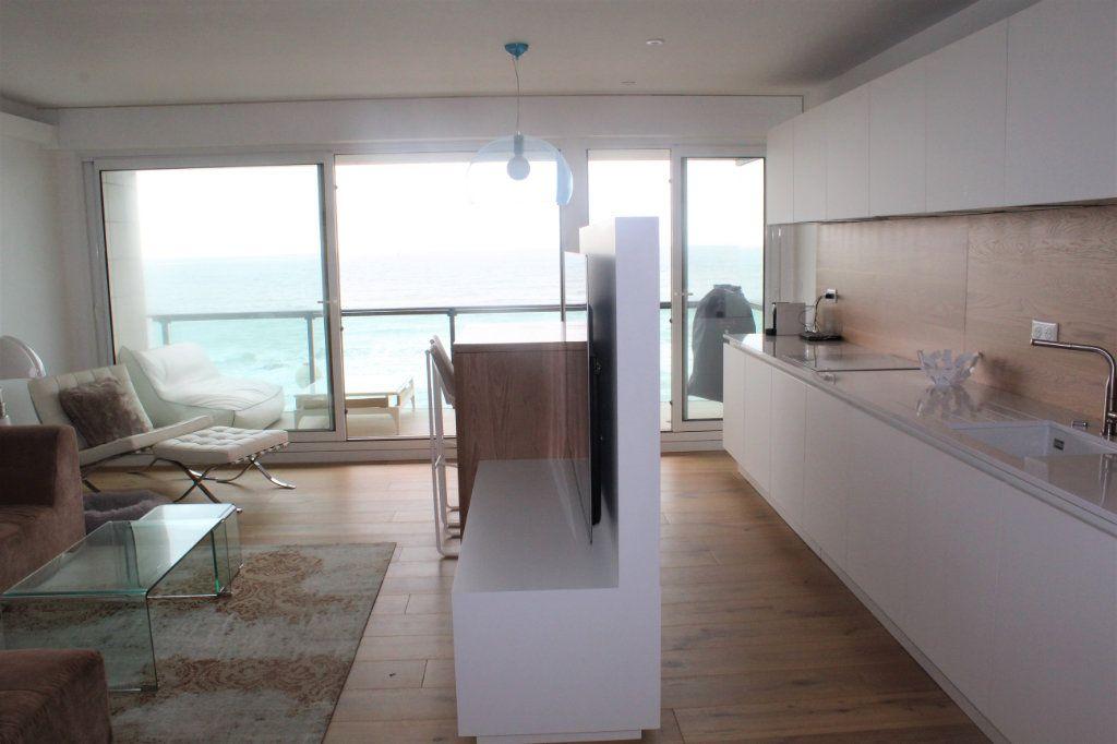 Appartement à vendre 5 120m2 à Les Sables-d'Olonne vignette-2